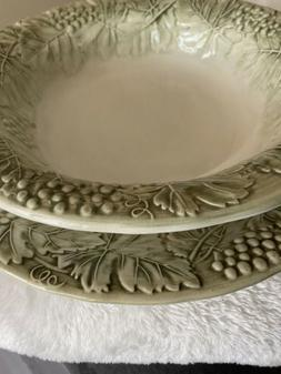 Williams Sonoma Napa Sage Green Dishes Grapes Leaves Serving